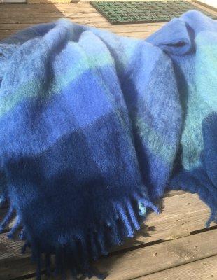 blåa plädar